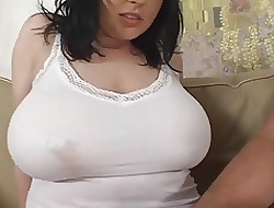 Chubby porno tube - boobs naked