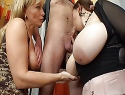 Orgia porno video big boob